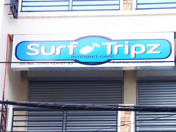 internet cafe logo for surftripz
